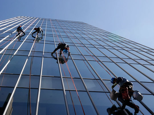 commercial window cleaners Perth