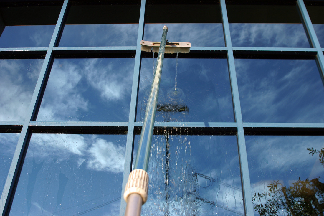 pure water window cleaning perth