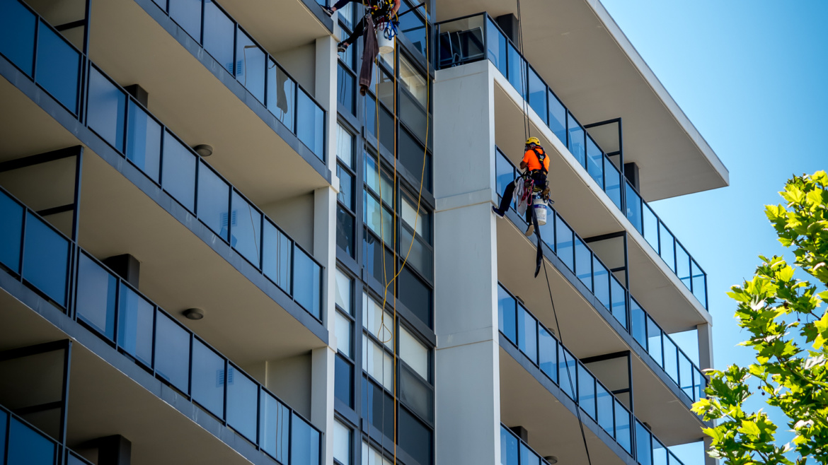 How Much Does a Window Cleaning Cost?